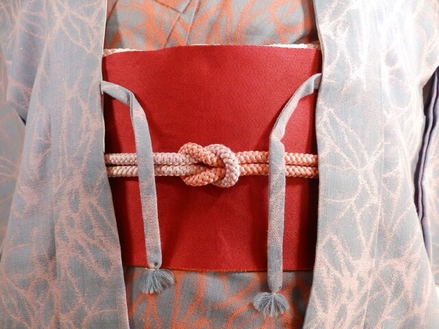 羽織紐がついた羽織