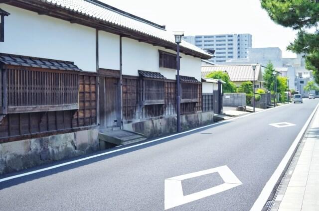 松江市の路上
