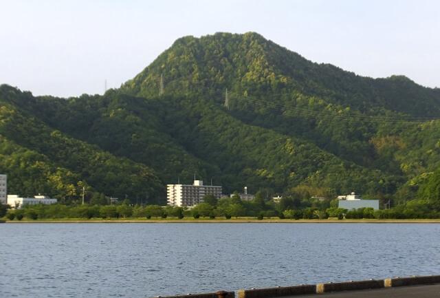 舞鶴市の海と山