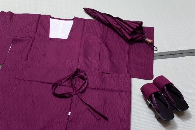 着物用のコートと雨具